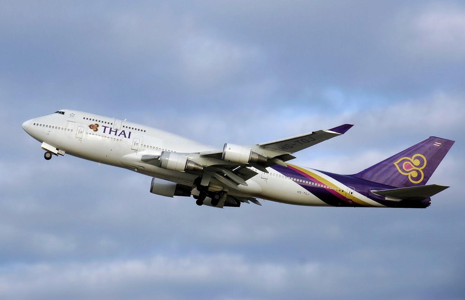 aussie flyer thai airways boeing 747 400 first class. Black Bedroom Furniture Sets. Home Design Ideas