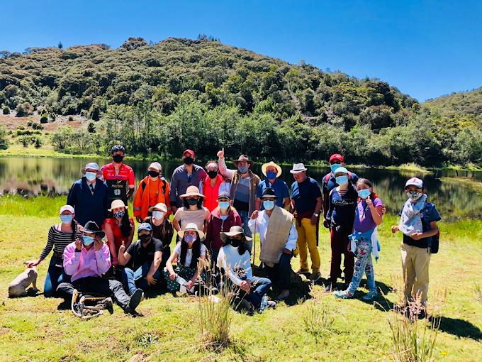 Delegación de Fundapanaca visita atractivos turísticos de Paipa, Boyacá