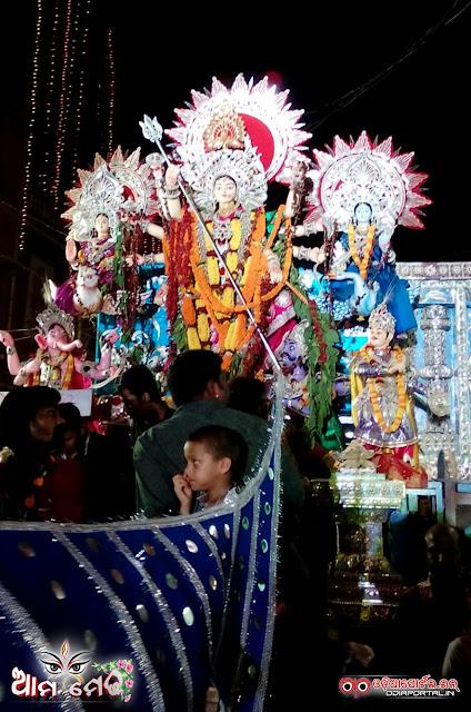 Dolamundai, Cuttack - 2015 Durga Puja Medha - Photo By Sri Satyajit Behera