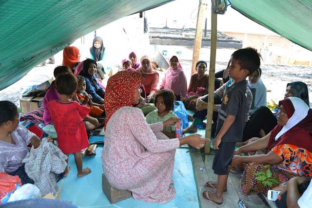 Komunitas Pramuka Bima Cek Kesehatan Warga Bajo Pulo