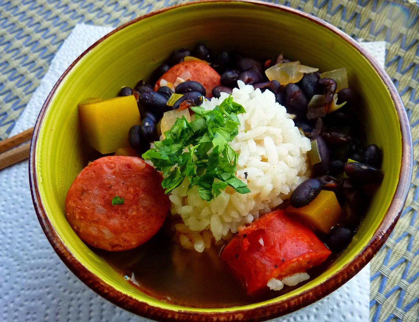Sopa de Porotos (frijoles, habichuelas) Negros
