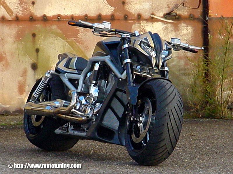 asemik  Harley Davidson 2011