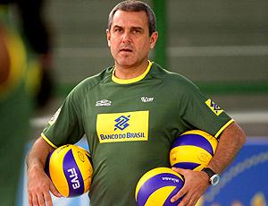 Técnico de vôlei do Brasil- Zé Roberto Guimarães