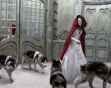 Caperucita y los lobos...