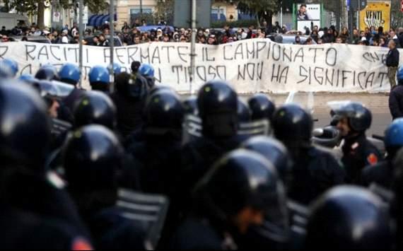 Le Mouvement en Italie . - Page 9 229827hp2