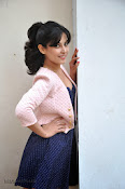 Disha Pandey Hot Photos at Manasunu Mayaseyake-thumbnail-4