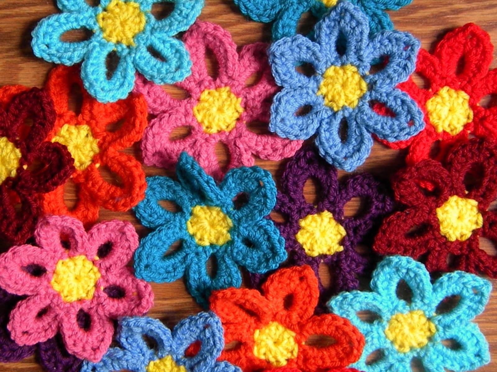 Crochet flower garland pattern manet for a hermits wish crochet spring flower garland pattern bankloansurffo Images