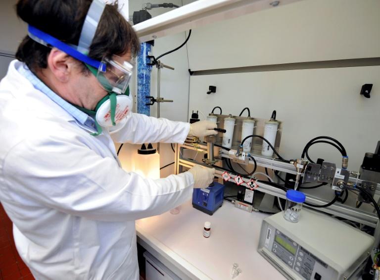 Les nanoparticules, passagers clandestins de nos assiettes aux effets méconnus