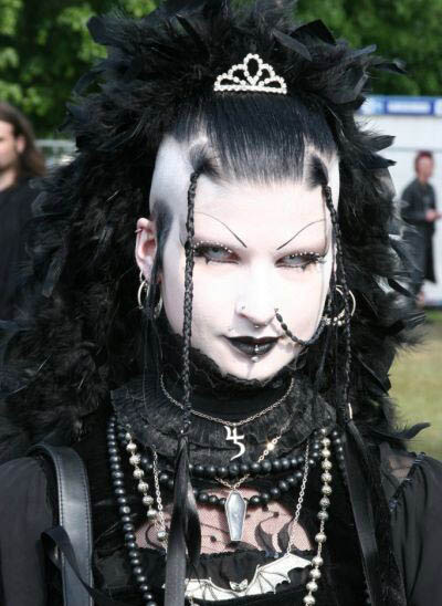 christian goth dating site They may have a bit of a hardcore reputation but we think there's lots of reasons to date a goth in fact we have 15 up our sleeve just in time for world goth day – (yes, they have a whole day dedicated to goths) 1 one of the best things about dating a goth is that they're not afraid of what people think – a pretty refreshing.