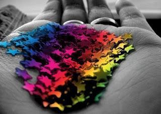 estrellas con colores del arcoiris