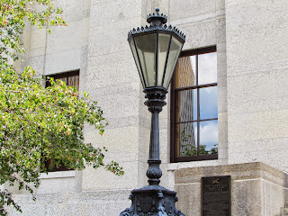 lamp post wrought iron black