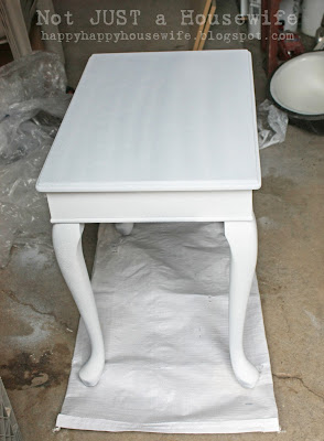 table2c Shabby Chic Cream Side Table