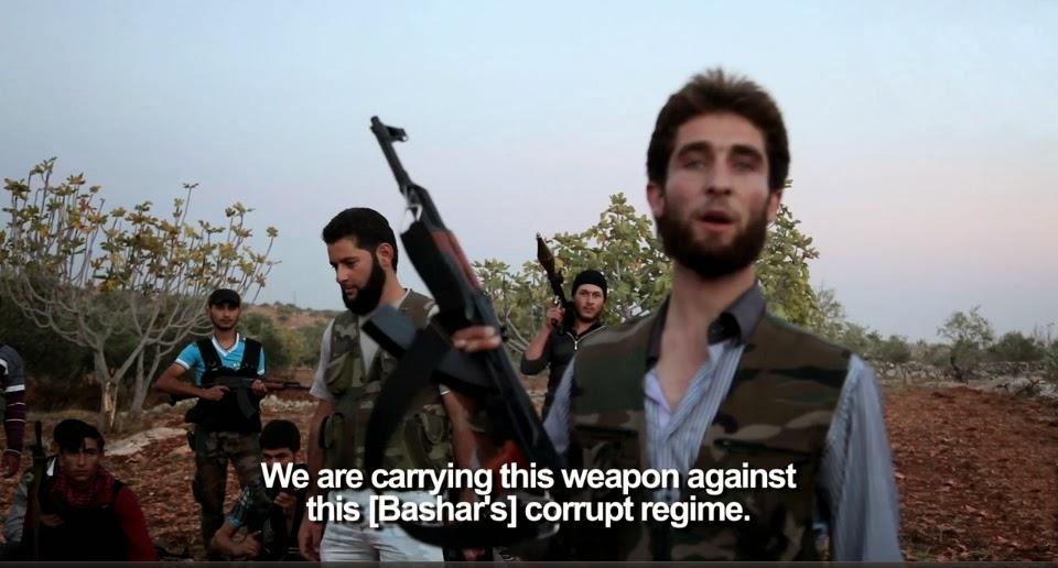 Repórter cinematográfico grava imagens impressionantes dos conflitos locais ocorridos na Síria.