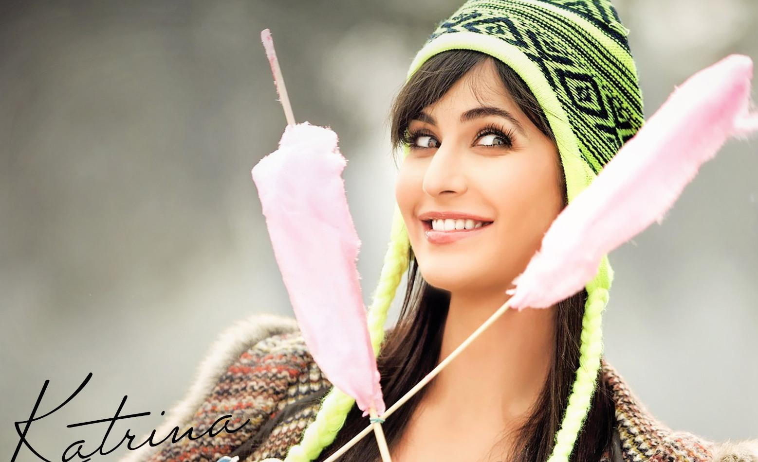 10 Artis Bollywood Tercantik dan Terpopuler di Dunia