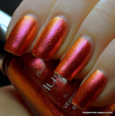 Sally Hansen Lustre Shine Lava