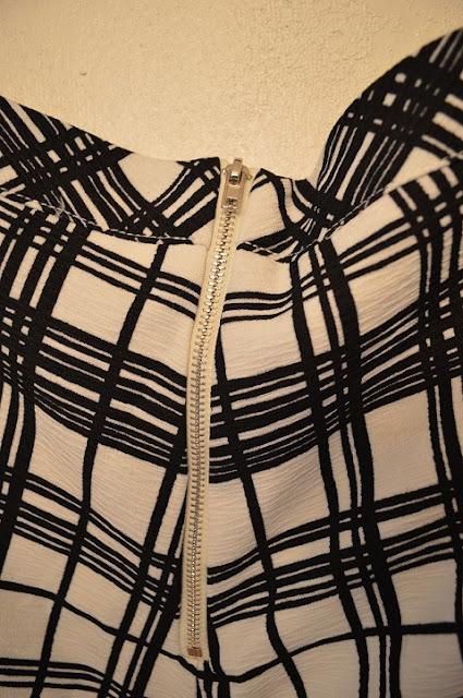Black and White Checkered Shorts Modabox