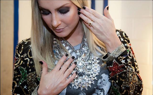 Esmalte de Claudia Leitte - The Voice Brasil (28.11.2013)