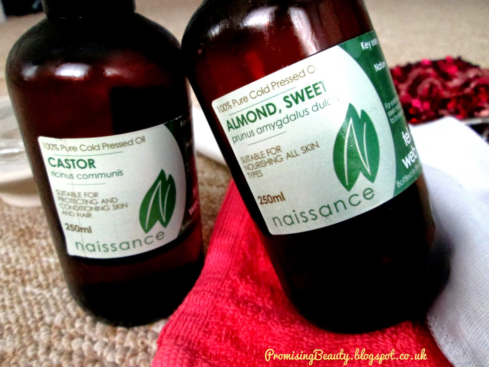 Castor oil and Sweet almond oil, the oil cleansing method