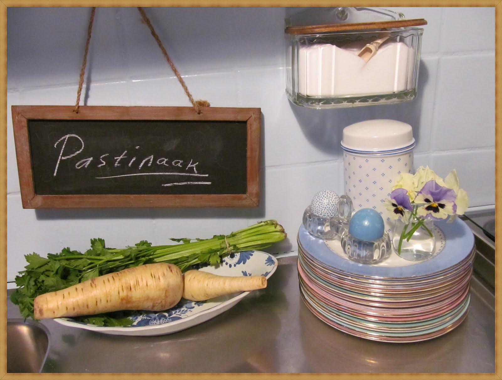 Opgeknapt keukentje