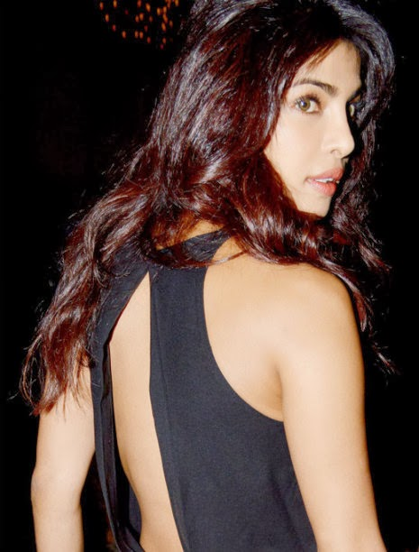 Priyanka Chopra in Black backless Top and Pants - IndianRamp.com