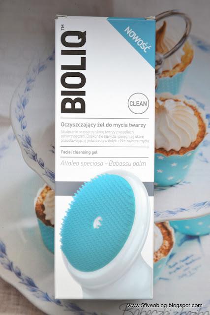 BIOLIQ oczyszczający żel do mycia twarzy ze szczoteczką