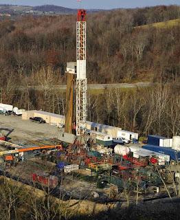 Extração de gás de xisto na Pensilvânia. Foto: Mark Schmerling.