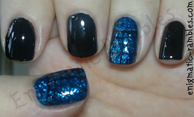 glitter-spider-web-nails-halloween-a37-w7-black-boogie-nights-stamping