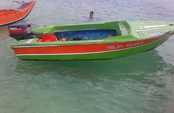 Speed Boat Yamaha 40 Pk + Banana Boat