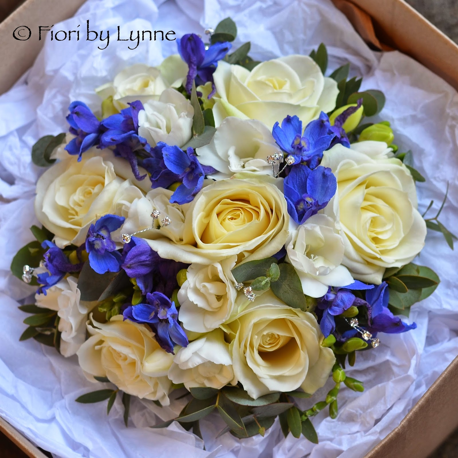 Wedding Flowers Blog: Catherine\'s Blue White and Silver Wedding ...