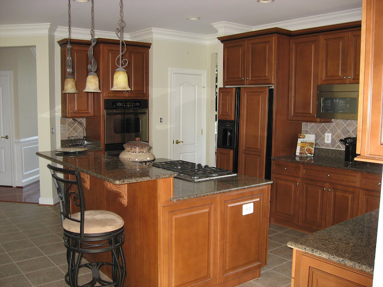 Signature kitchens woodcrafters for Refacing bathroom cabinets yourself