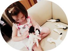 Nossa boneca brincando