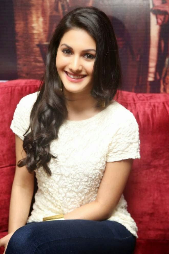 Amyra Dastur White Top Denim Jeans Cute Photos