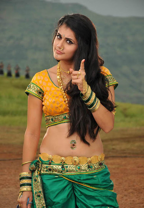 tapasee pannu in movie latest photos