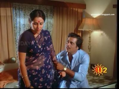 Geetha aunty hot wet seducing image gallery