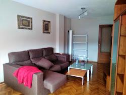 Piso de dos dormitorios en alquiler en Riazor, amueblado. 625€