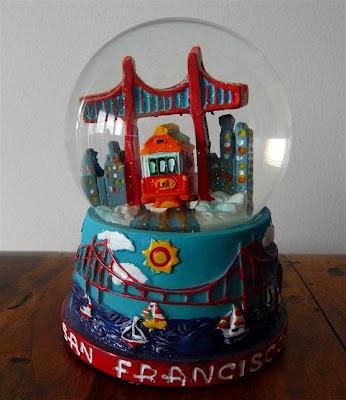 0059 Palle di neve - Boule à neige - Snow globe (San Francisco - U.S.A.)