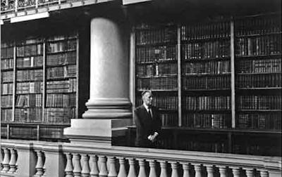 """La biblioteca de babel"""