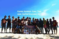 wisatawan di karimunjawa tour