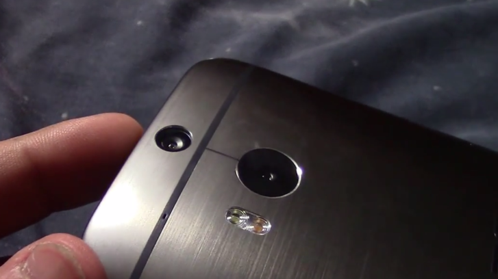 Back-view Of HTC One's Successor (HTC M8)