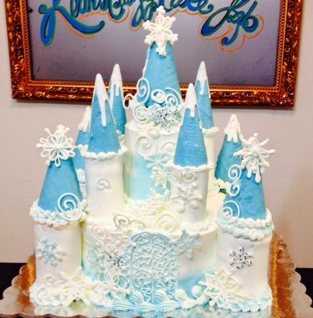 Frosted Art Frozen Castle Cake Video