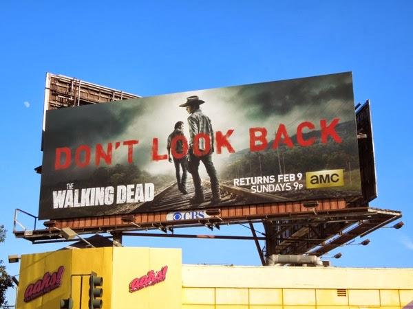 Walking Dead 4 Don't Look Back billboard