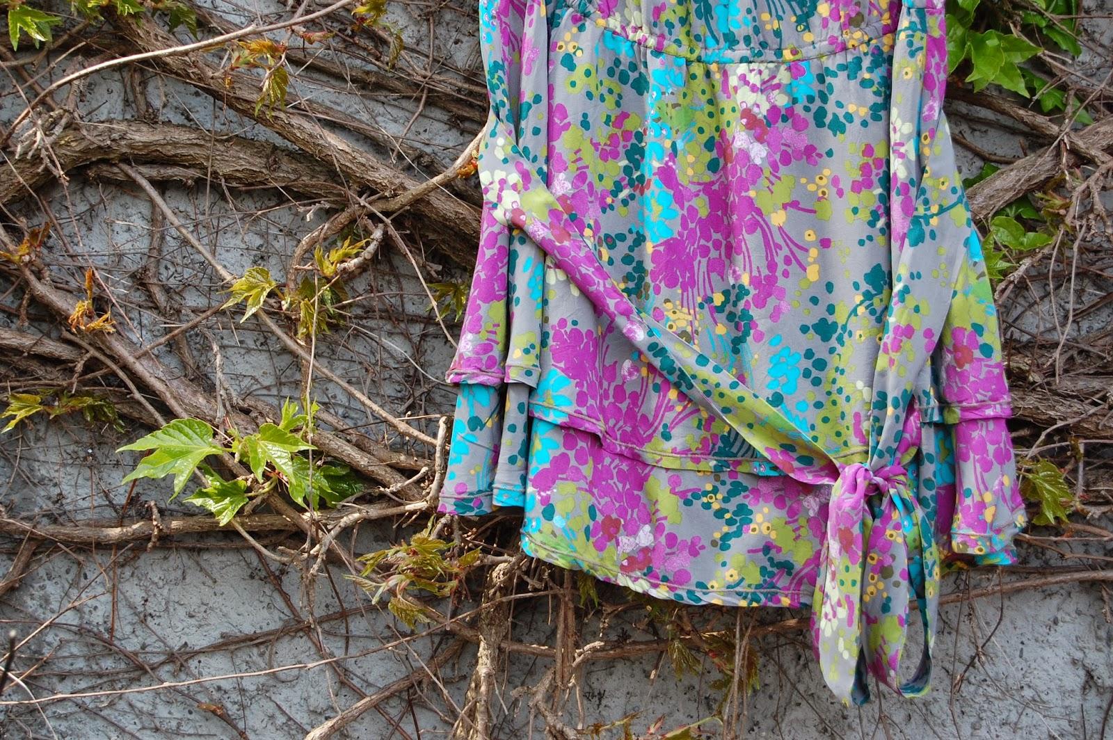 robe-burda-femme-7913-double-jupe
