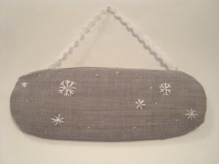 снежинки вышитые
