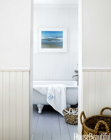 Popular I love the simplicity of this white bead board bathroom It has the attitude of an old beach house If you go all white all you need is a radiating Beach