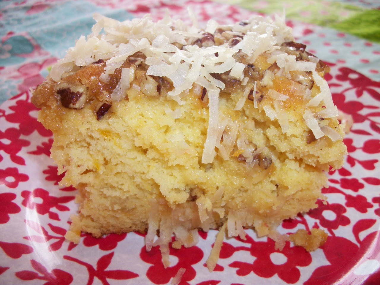 http://collettaskitchensink.blogspot.com/2015/04/in-kitchen-banana-coconut-crunch-cake.html