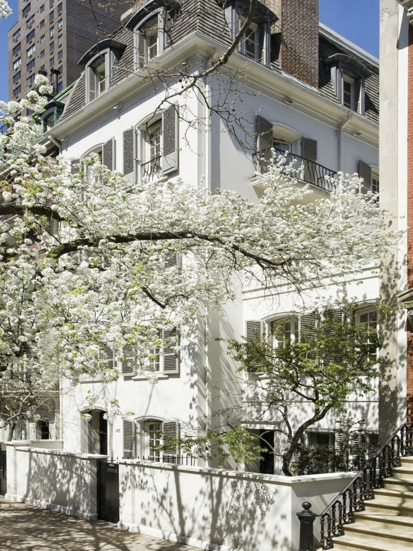 The devoted classicist mellon white townhouse another for Manhattan townhouse for sale