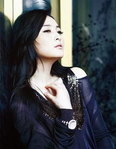 Beautiful Jiang Qinqin HD Wallpaper