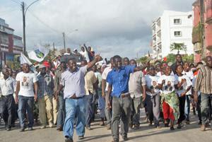 """Moçambique: """"A Renamo pode eclipsar-se em definitivo nas próximas eleições"""" – Langa"""
