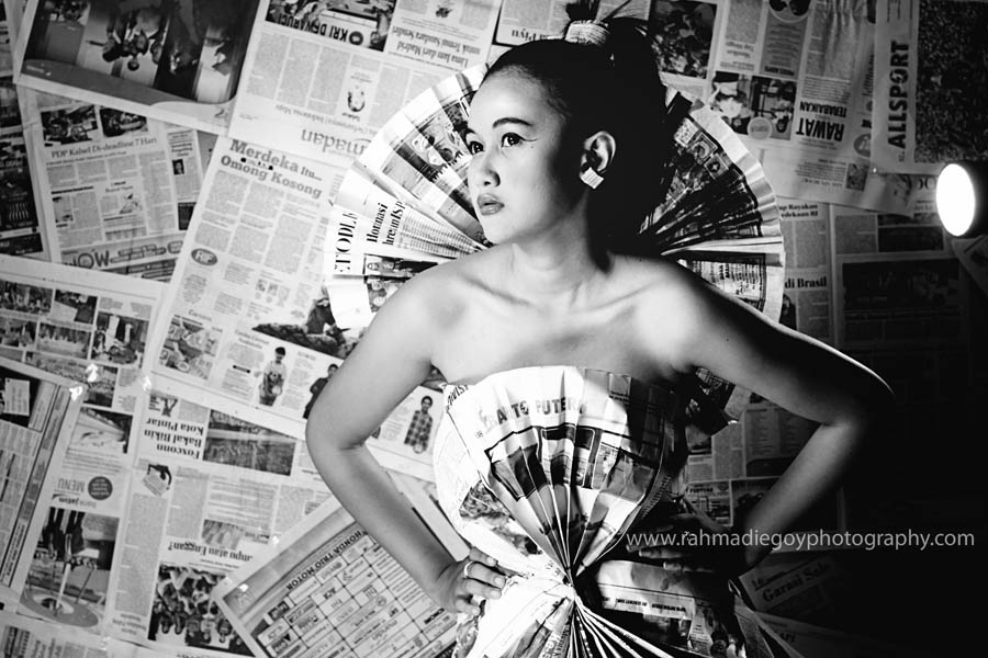 rahmadi egoy photography model concept news paper / koran  4