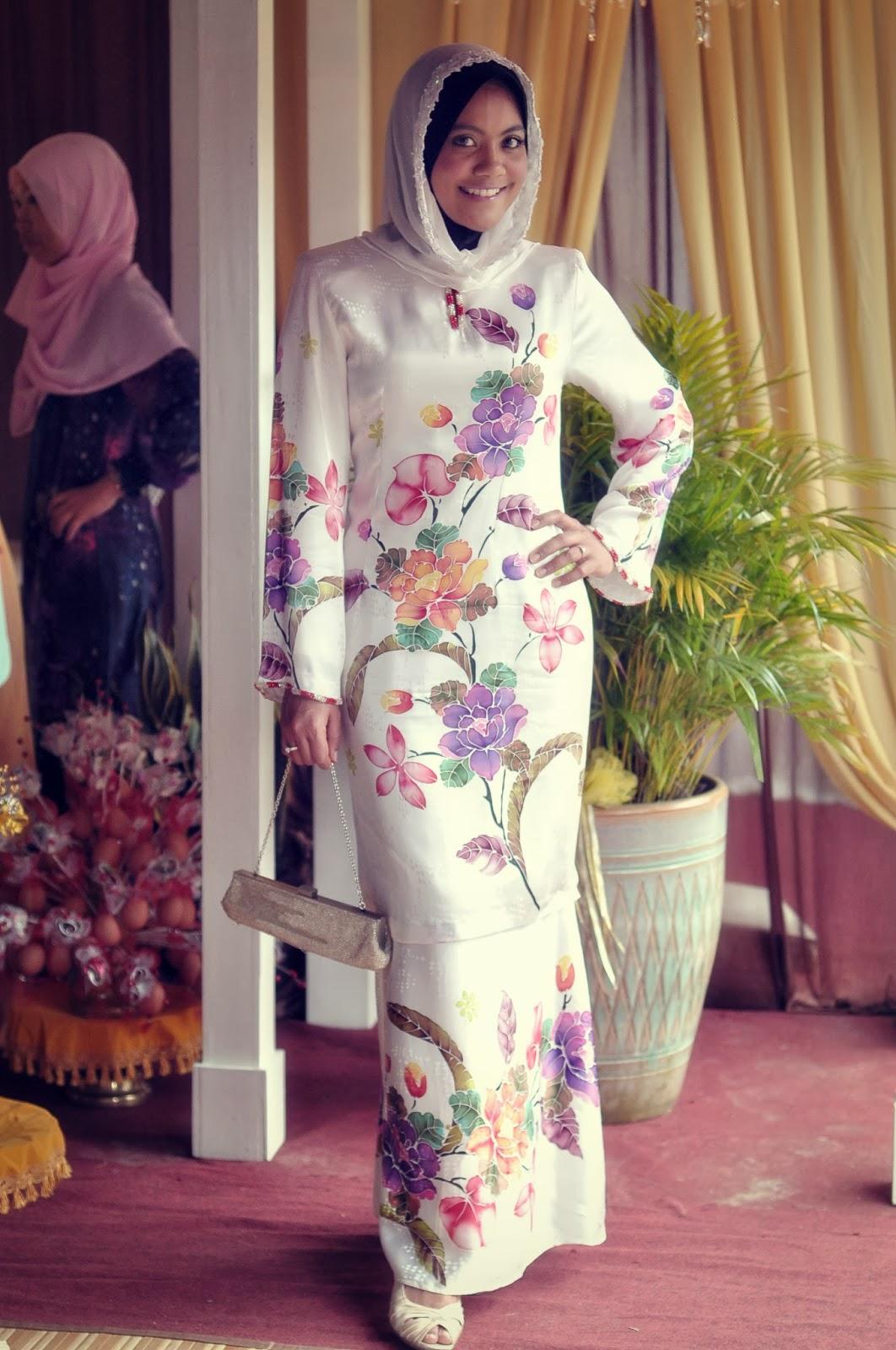 Design Baju Raya Artis : I m yourss berapa harga sepasang baju jovian mandagie